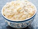 Рецепта Домашна руска салата с шунка, грах, царевица и кисели краставички